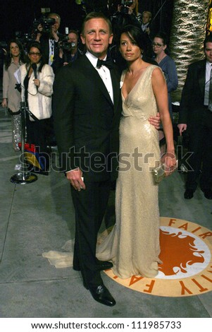 Daniel Craig and Satsuki Mitchell at the 2007 Vanity Fair Oscar Party. Mortons, West Hollywood, CA. 02-25-07 - stock photo