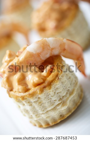 Delicious tarts with prawn, crab and thousand island dressing. Selective focus. - stock photo