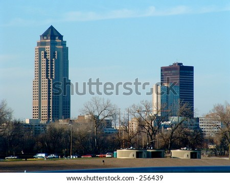 Des Moines skyline - stock photo