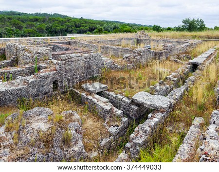 Detail of the Roman Insulae zone with the sewer system visible, in Conimbriga. Conimbriga, in Portugal, is one of the best preserved Roman cities on the west of the empire. - stock photo