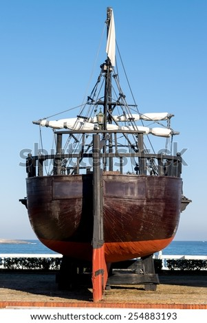 Detail view of the stern of a replica of a caravel - stock photo
