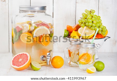 how to make flavored water with fresh fruit