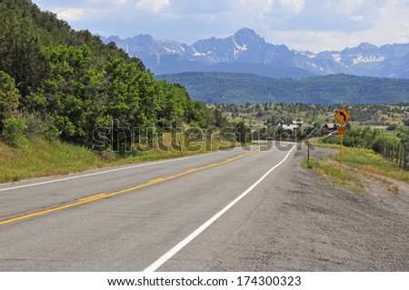 Driving in Colorado towards Mount Sneffels in the San Juan Range, Rocky Mountains, USA - stock photo
