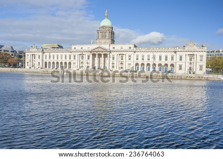 Dublin Custom house at the Liffey river in Dublin, Ireland - stock photo