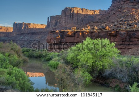 Early morning light on the Green River in Utah's canyonlands - stock photo