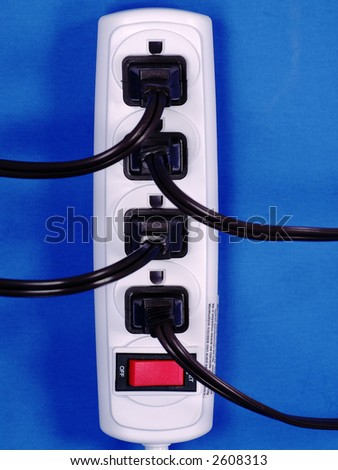 Plug A Powerstrip Into Itself For Free Electricity