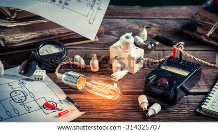 Electrical experience in the classroom - stock photo