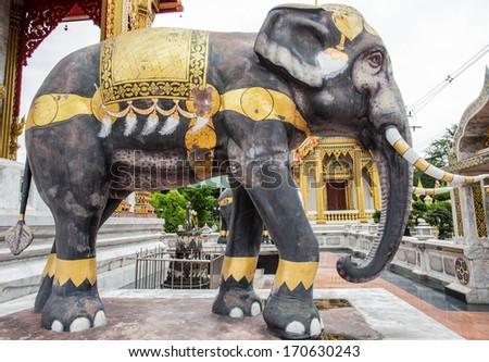 Elephant statues at Watsamiennari in thailand - stock photo
