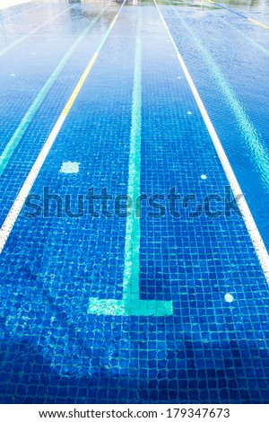 Empty  swimming pool - stock photo