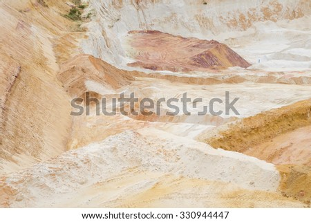 Excavation of pure quartz sands for glass and ceramics industry - stock photo