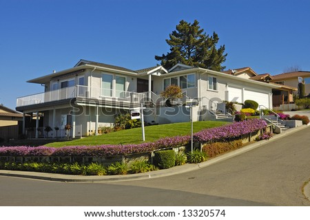 Executive home in Northern California for rent due to economic slump - stock photo