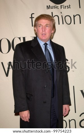 Financier DONALD TRUMP at the VH1/Vogue Fashion Awards in New York. 20OCT2000.  Paul Smith / Featureflash - stock photo