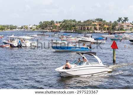 FORT LAUDERDALE, USA - AUGUST 30, 2014 : Luxury mansion in exclusive part of Fort Lauderdale known as small Venice on August 30, 2014 in Fort Lauderdale - stock photo