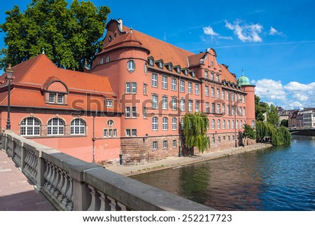 "France, historic houses in the district ""La Petite France"" in Strasbourg - stock photo"