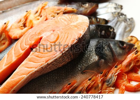 Fresh catch of fish and other seafood close-up - stock photo