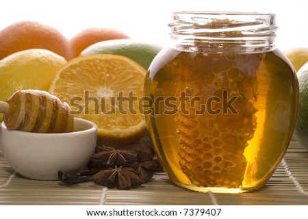 fresh honey with honeycomb ...
