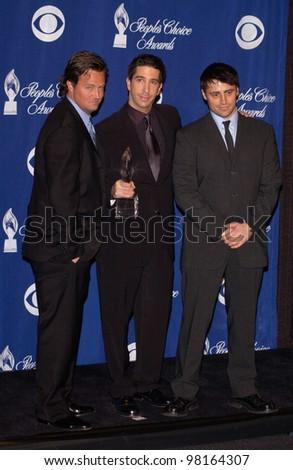 Friends stars MATTHEW PERRY (left), DAVID SCHWIMMER & MATT LEBLANC at the 28th Annual People's Choice Awards in Pasadena. 13JAN2002.  Paul Smith/Featureflash - stock photo