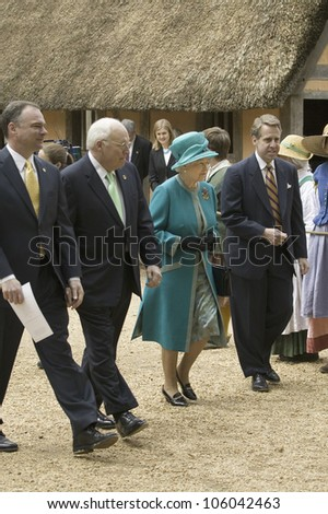 From left to right, Governor Timothy Kaine, Vice President Dick Cheney, Her Majesty Queen Elizabeth II and Phil Emerson visiting James Fort, Jamestown Settlement, Virginia on May 4, 2007. - stock photo