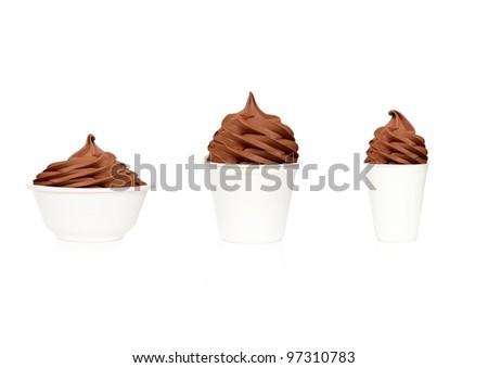 Frozen Yogurt chocolade, 3 cup sizes - stock photo