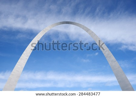 gateway arch in Saint Louis with blue sky - stock photo