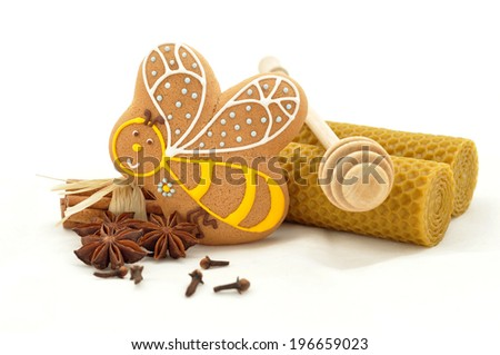 Gingerbread bee cookies on white background - stock photo
