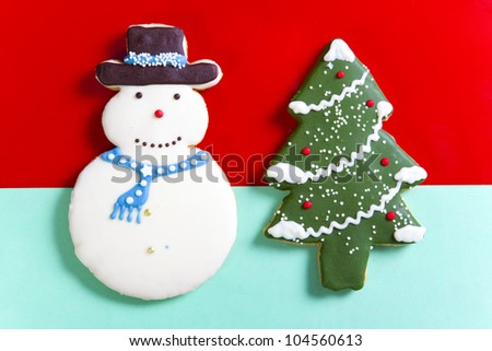 Gingerbread snowman decorated with white icing - stock photo