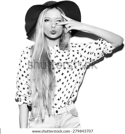 Glamor stylish sexy smiling funny beautiful young blond woman model in summer bright  hipster cloth in hat - stock photo