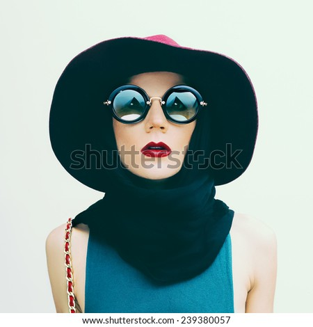 Glamorous Lady in vintage Hat and Sunglasses trend. Fashion portrait - stock photo