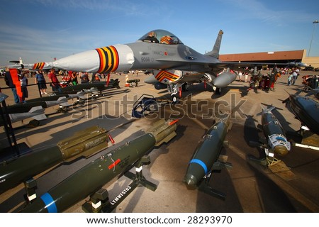 """GLENDALE, AZ - MARCH 21: Luke Air Force Base plays host to 125,000 visitors at it's """"Days of Thunder"""" airshow on March 21, 2009 - stock photo"""