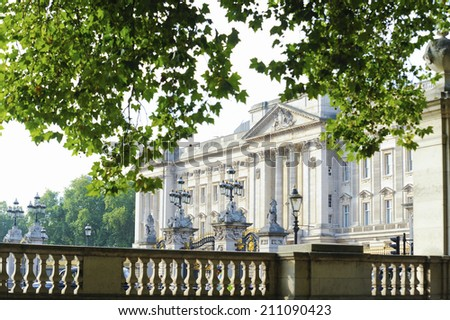 Green And Buckingham Palace - stock photo