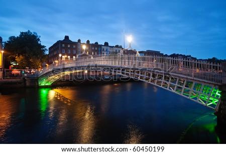 Half-penny bridge in Dublin in twilight - stock photo
