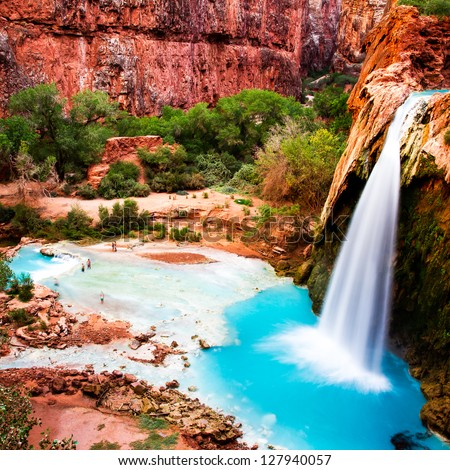 Havasu Falls, Havasupai Indian Reservation, oasi in the Grand Canyon - stock photo