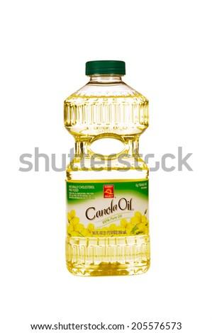 HAYWARD, CA - July 17, 2014: 24 fl oz bottle of Sunny Select Canola Oil - stock photo