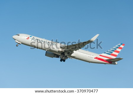 HEATHROW, LONDON, UK - JANUARY 28: American Airlines Boeing 767-323 (N399AN), bound for Chicago O'Hare International, USA, departing Heathrow Airport, London, UK on January 28, 2016 - stock photo