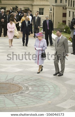 Her Majesty Queen Elizabeth II and Virginia Governor Timothy M. Kaine walking in front of the State Seal, Richmond Virginia as part of the 400th anniversary of the Jamestown Settlement, May 3, 2007 - stock photo