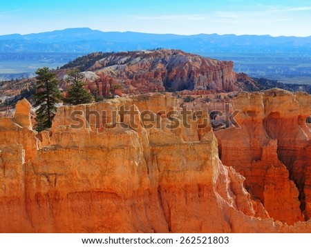 hiking the queens' garden trail in bryce canyon national park, utah  - stock photo