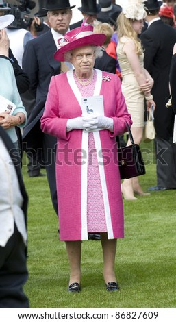 HM Queen Elizabeth II attending The Epsom Derby Meeting at Epsom Downs Racecourse in Surrey. 4th June 2011.  05/06/2011  Picture by: Simon Burchell / Featureflash - stock photo