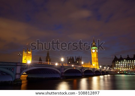 Houses of parliament with Big Ben at night - stock photo
