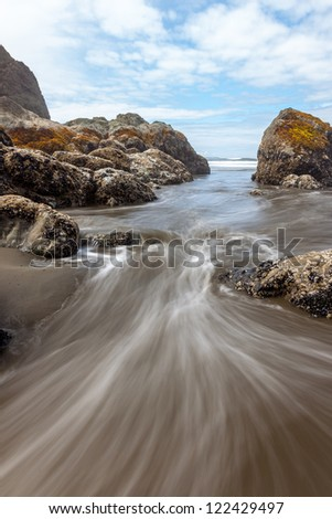 Incoming tide at Ruby Beach, Olympic National Park, Washington - stock photo