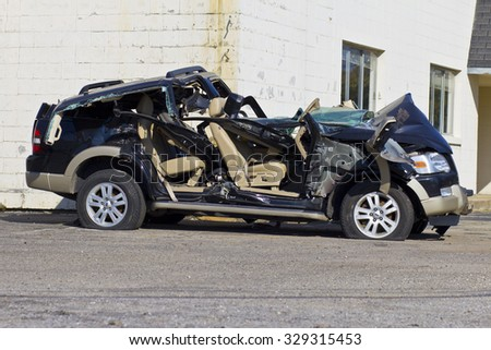 INDIANAPOLIS - CIRCA OCTOBER 2015: Totaled SUV Automobile After Drunk Driving Accident I - stock photo