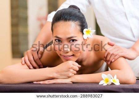 Aroma Nude Massage 117