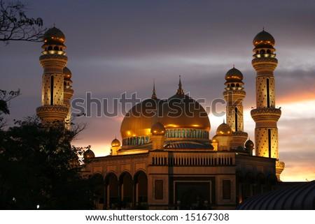 Jamé Asr Hassanil Bolkiah Mosque during dusk. - stock photo