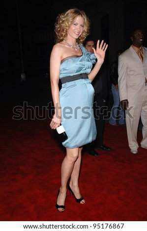 Jenna Elfman at the 2007 GM Ten Fashion Show Gala at Paramount Studios, Hollywood. February 21, 2007  Los Angeles, CA Picture: Paul Smith / Featureflash - stock photo