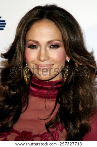 Jennifer Lopez at the Los Angeles Free Clinic Annual Dinner Gala Honoring Paramount Pictures held at the Beverly Hilton Hotel in Beverly Hills on November 20 2006. - stock photo