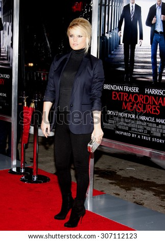 Jessica Simpson at the Los Angeles premiere of 'Extraordinary Measures' held at the Grauman's Chinese Theater in Hollywood, USA on January 19, 2010. - stock photo