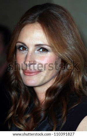 Julia Roberts at The 22nd Annual American Cinematheque Awards honoring Julia Roberts. Beverly Hilton Hotel, Beverly Hills, CA. 10-12-07 - stock photo