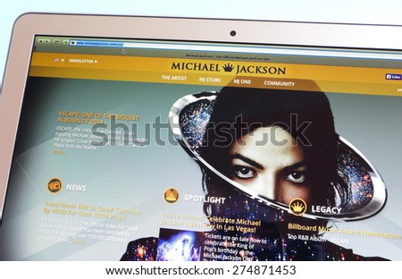 KAMBERK,CZECH REPUBLIC - MAY 4, 2015: Photo of official website Michael Jackson on a MacBook Air monitor. - stock photo