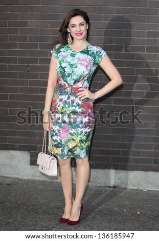 Kelly Brook arriving for the Chickenshed Theatre charity event, London Studios, South Bank, London. 16/04/2013 Picture by: Alexandra Glen - stock photo