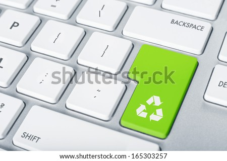 Keyboard concept recycle button - stock photo