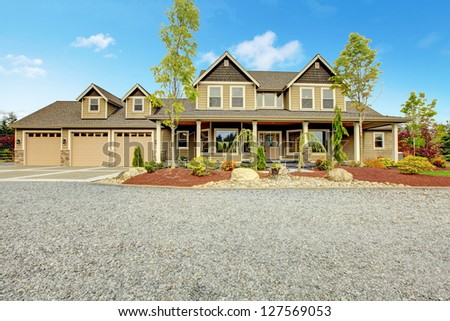 Driveway Stock Photos Images Amp Pictures Shutterstock